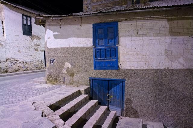 blue window blue door