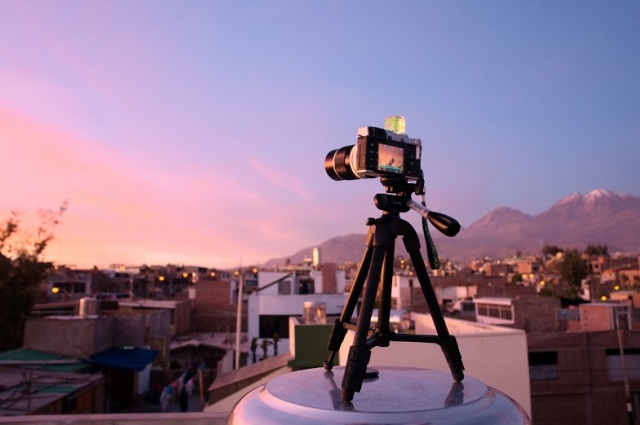 fujifilm-x-e1-wep-auto-telon-135mm-128-fd-mount-and-sony-vct-r100-tripod