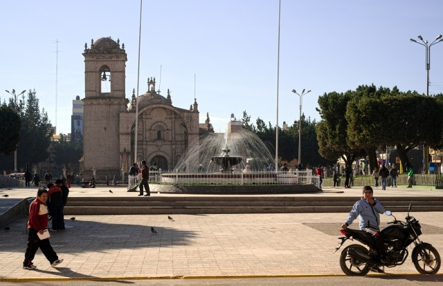 morning in the plaza